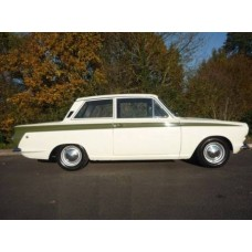 Ford Cortina Mk1 6 point bolt in rollcage